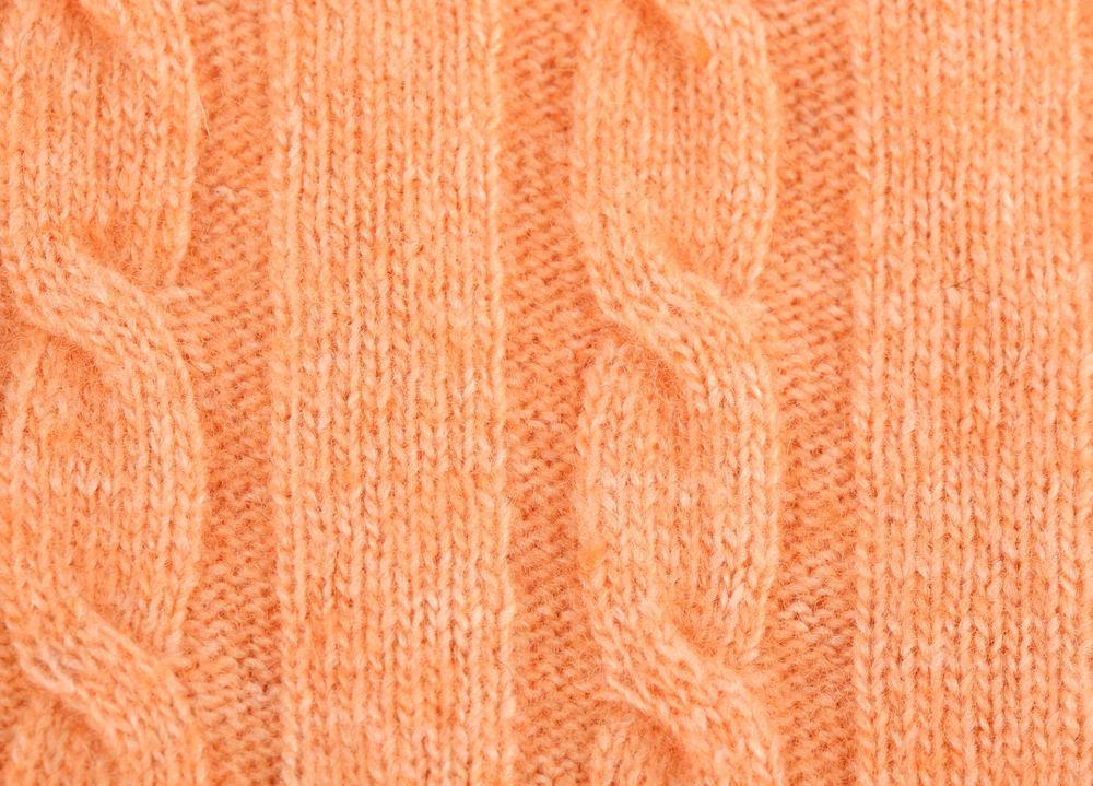 Узоры косы и жгуты вязания на спицах.