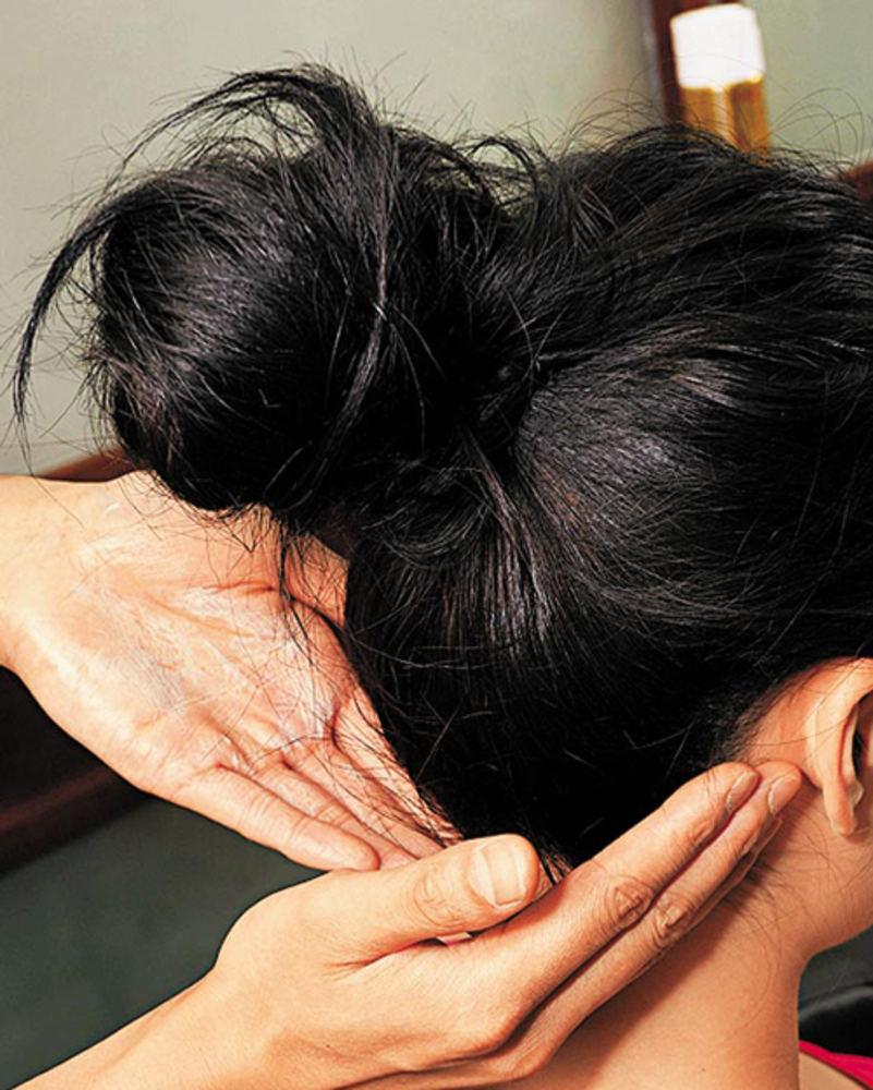как делается пучок на голове