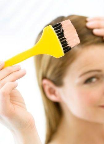 для равномерного прокрашивания волос фарбу... окрашивание удобно создавать специализированным инструментом...