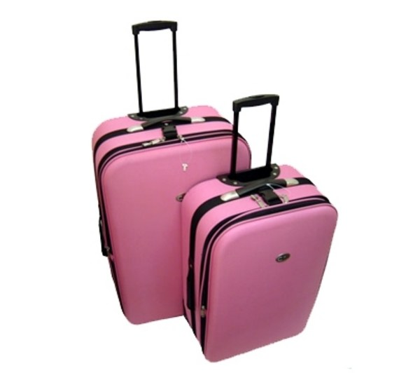 Поэтому ручки чемодана не должны выступать... чемодан.
