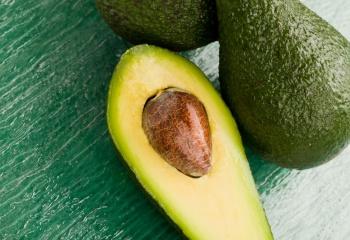 Как использовать масло авокадо для волос