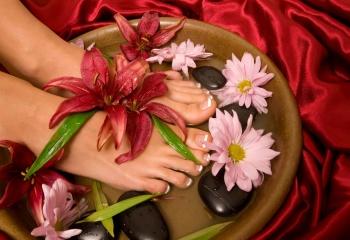 Косметические средства для ухода за ногами