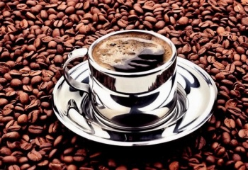 Почему кофе пьют с водой?