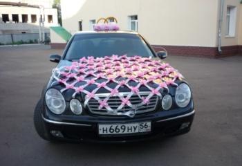 Украшаем свадебный автомобиль