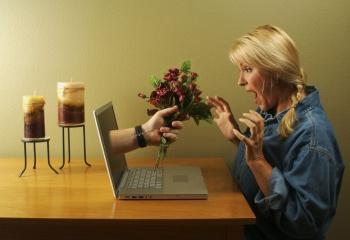 Знакомство в интернете и наяву