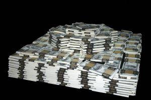 Чем себя балуют миллионеры?
