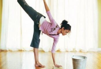 Хозяйке на заметку: генеральная уборка вместо фитнес-тренировки!