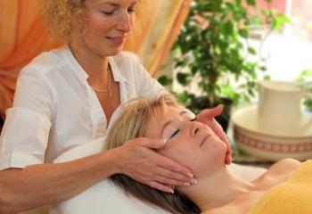 Косметологические процедуры как способ снять стресс