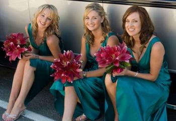 В чем пойти на свадьбу подруги