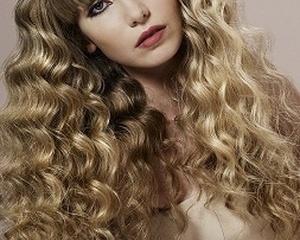 Шампуни и средства для укладки для вьющихся волос