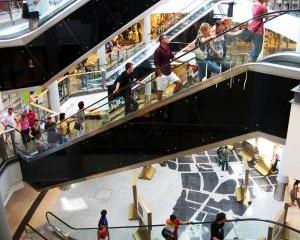 Покупка одежды: вместе в магазин