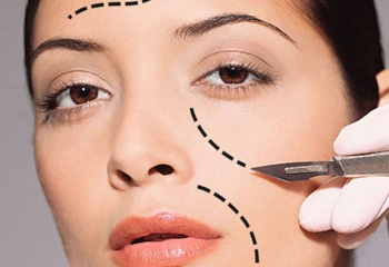 Разница между пластической и косметической хирургией