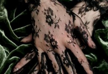 Лето 2011:  кружевные перчатки
