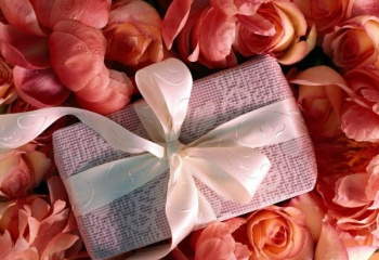 Необычные подарки своими руками