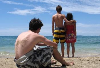 Как вести себя с «бывшими»: дружить или враждовать