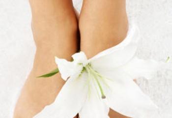 Эффективное лечение ног: как победить потливость, шелушение и отечность