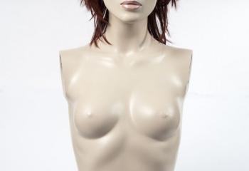 9 чудо-упражнений, которые приподнимут и увеличат грудь
