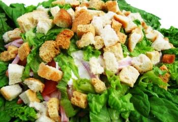 Салат цезарь с курицей: оригинальный рецепт