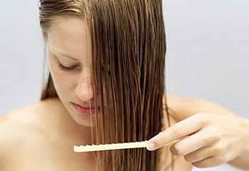 Как часто менять шампуни и бальзамы для волос
