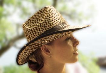 Пляжные шляпы 2011