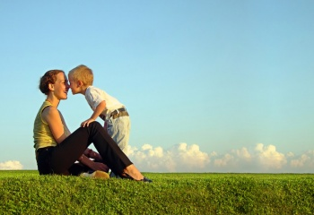 При разводе ребёнок должен оставаться с матерью