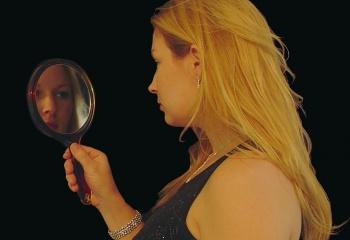 Достоинства женщины: неприступная или доступная?