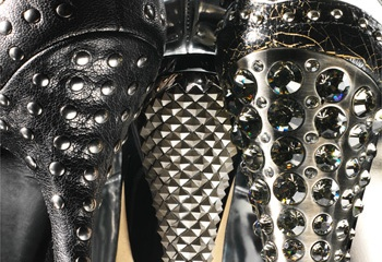 Как носить туфли со стразами