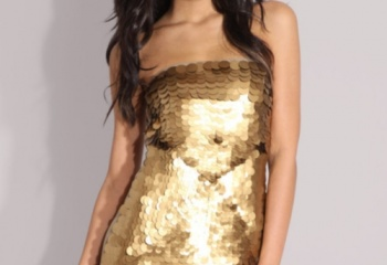 Золотое платье: как выбрать, с чем сочетать