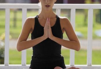 Йога или пилатес: в чем разница и что выбрать?