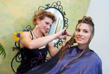 Выбрать стрижку по типу волос