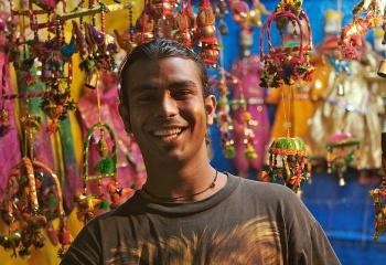Аленький цветочек: подарки из Индии
