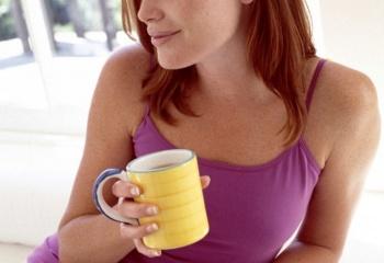 Полезные свойства зеленого чая и каркадэ