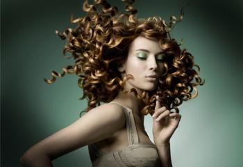 Биозавивка против химической завивки волос