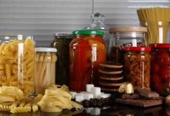 Содержание соли в продуктах питания: вред и польза