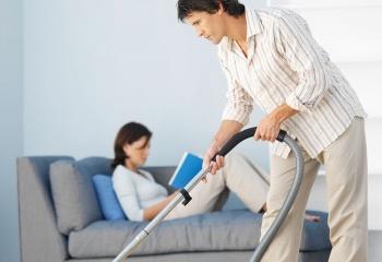 Муж не помогает по дому?