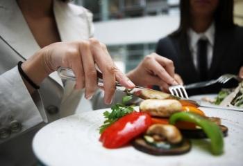 Званый ужин, банкет, корпоративная вечеринка: вопросы этикета