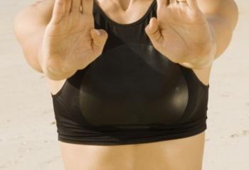 Фитнес-программа для идеальной груди
