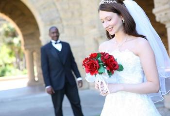 Выйти замуж за иностранца, или какие бывают иностранные женихи