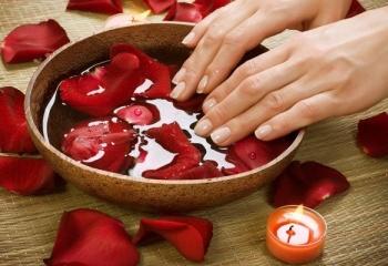 Укрепляем ломкие ногти дома