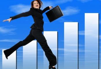 Как подняться по карьерной лестнице в женском коллективе