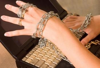 знакомство в интернете кто попадается