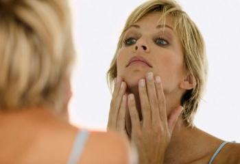 Высыпания на лице в зрелом возрасте. В чем причина?