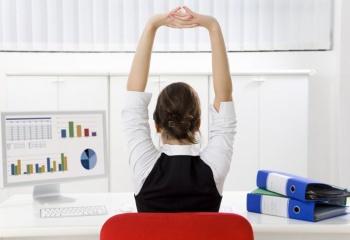 Гимнастика в офисе: как снять накопившуюся усталость