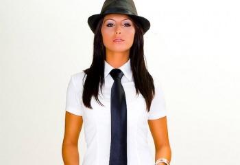 Мужской галстук для леди