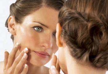 Правила ухода за сухой и чувствительной кожей лица