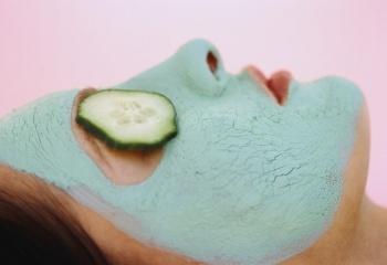Полезные маски для лица в осенне-зимний период