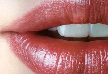 Маски для губ: правила и особенности применения