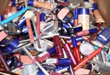 Опасная косметика: компоненты, которых лучше избегать