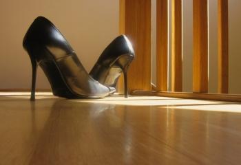Как растянуть обувь в домашних условиях    JustLady.ru - территория ... 603f548e3db