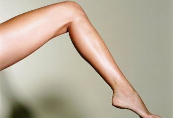 Как уменьшить рост волос на ногах